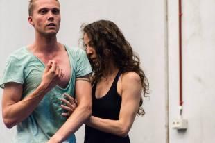 Simon Fleury. Laura. Les Ballets C de la B. Ateliers 2017. Lisi Estaras